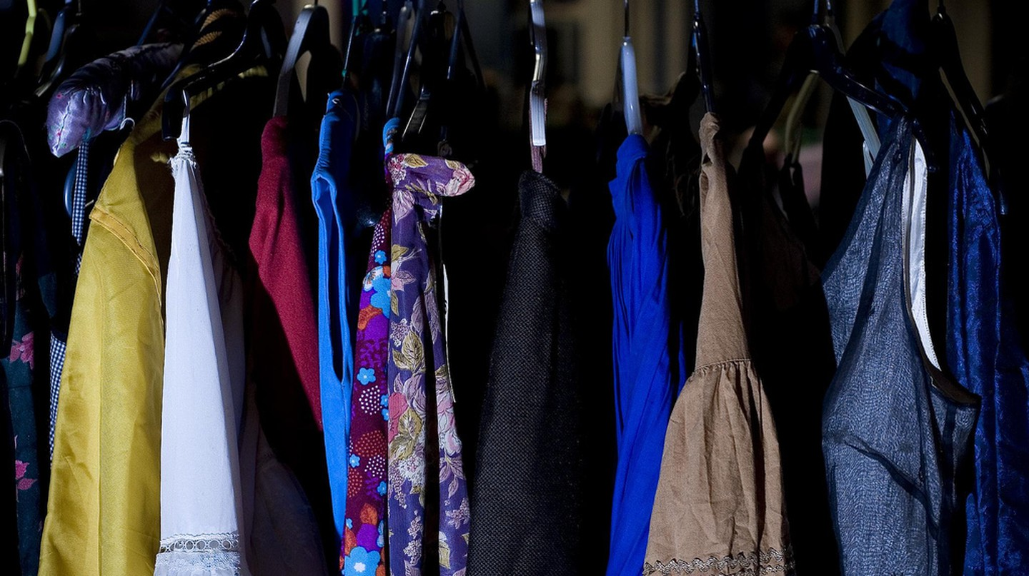 Clothes Rack © Steve Cox/Flickr