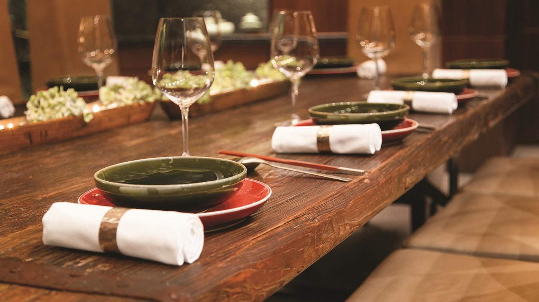 Hangzhou's Finest Restaurant: The Hyatt's 28 Hubin Road