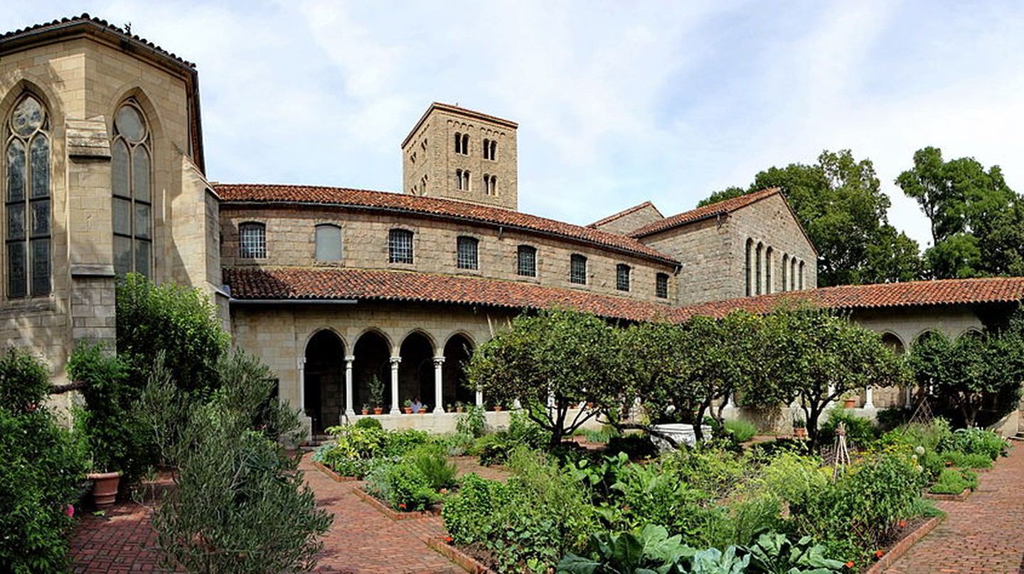 The Cloisters From Garden | © Jose Olivares/WikiCommons