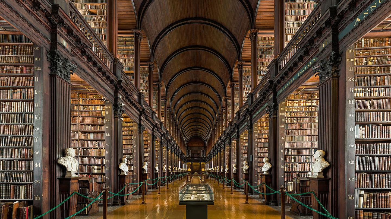 Library © Diliff/Wikipedia