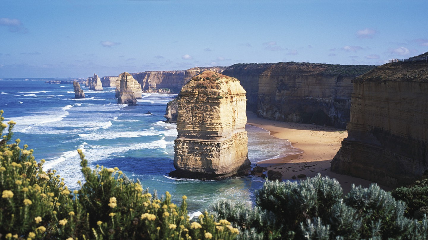 Great Ocean Road, Twelve Apostles | Courtesy of Tourism Australia © Hamilton Lund