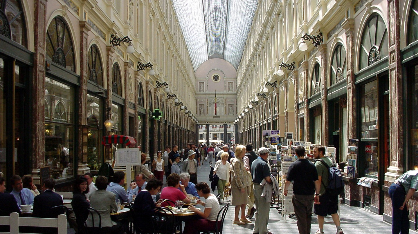 The Galeries Saint-Hubert, the so called 'umbrella of Brussels', has been delighting flâneurs since 1847 | © Marcel Vanhulst/Courtesy of visitbrussels.be