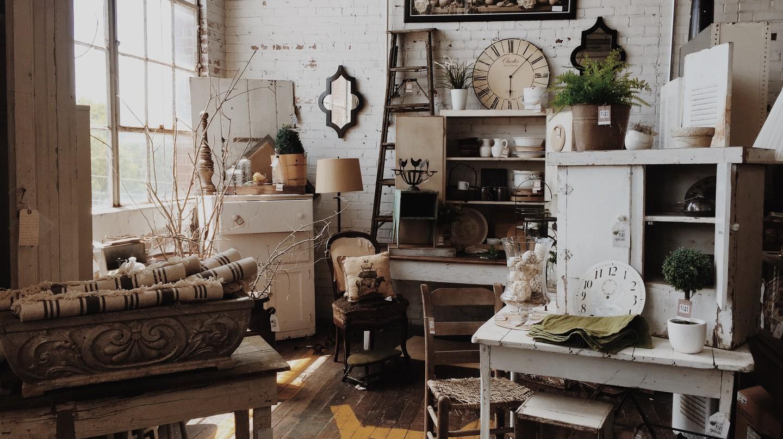 Antique shop | © Jazmin Quaynor/Unsplash
