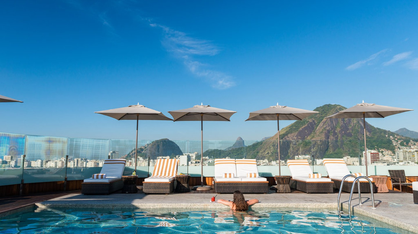 Porto Bay Hotel swimming pool |© PortoBay Hotels & Resorts/Flickr