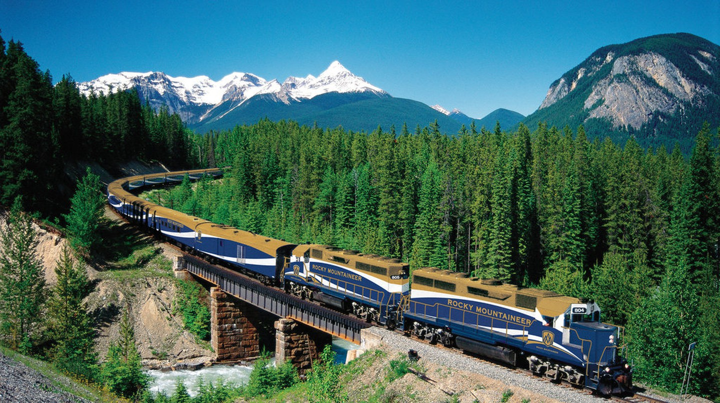 Rocky Mountaineer | Roderick Eime/Flickr
