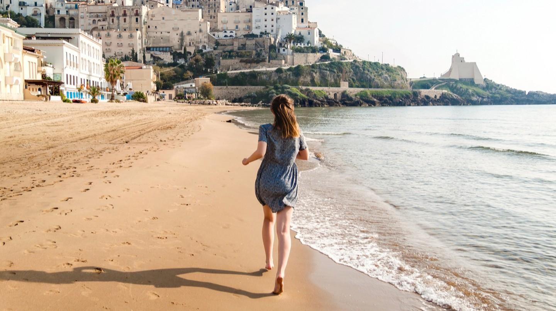 Sandy toes on Sperlonga beach | © fischer/Shutterstock
