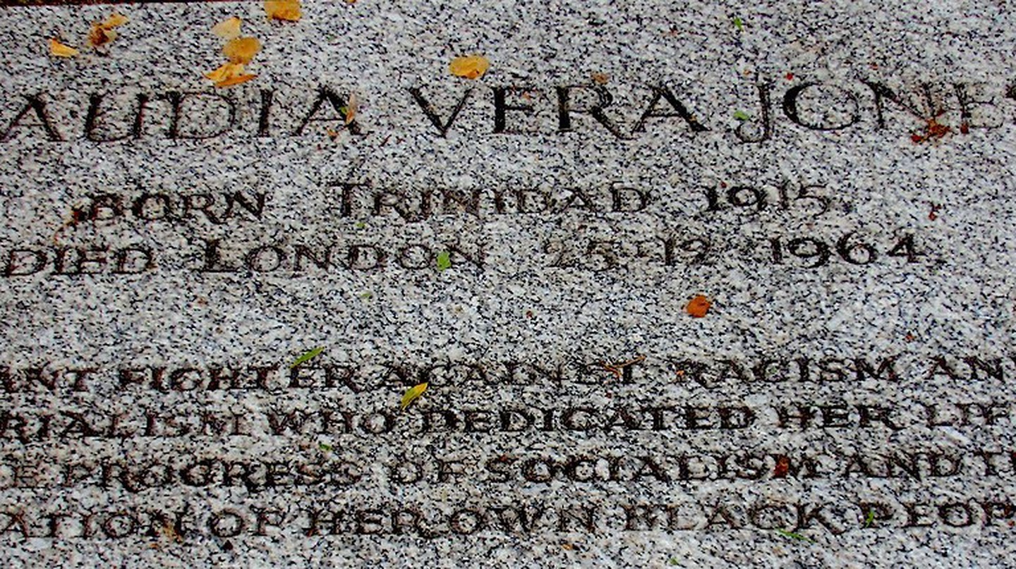 Claudia Jones' grave at Highgate Cemetery | © jah_maya/Flickr