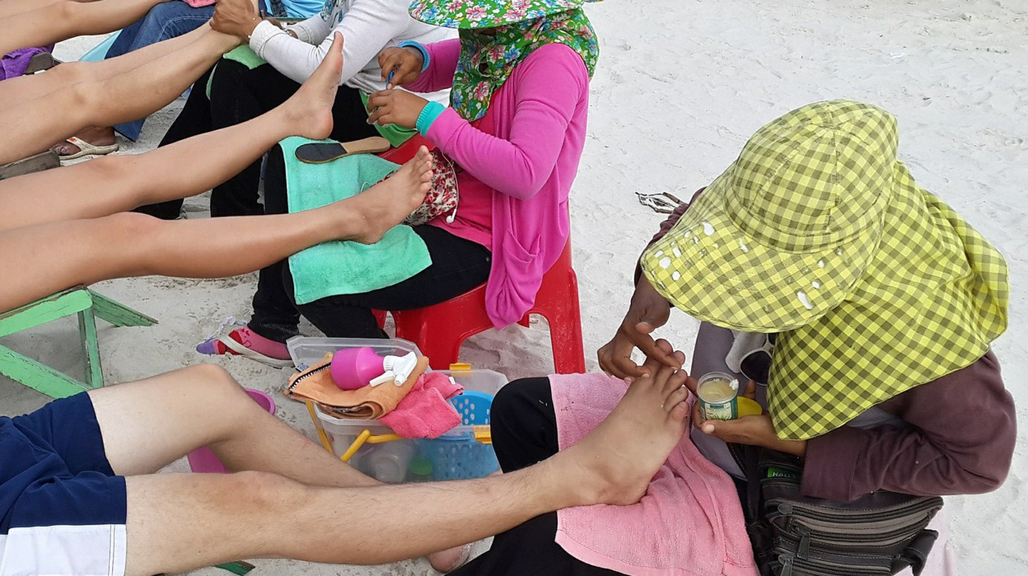 Massages On The Beach Of Thailand   © Courtesy of Pixabay