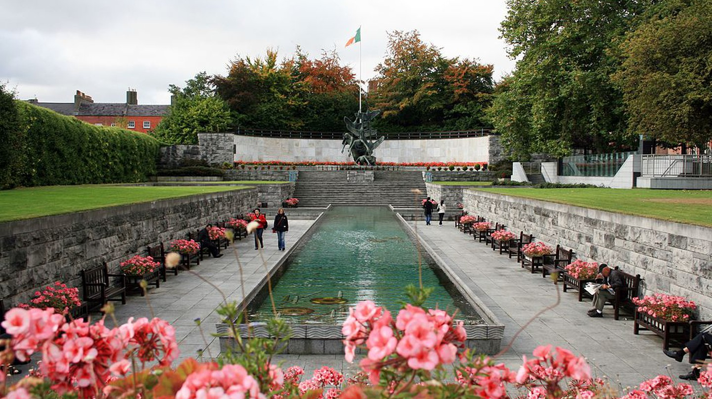 Dublin's Garden of Remembrance | © Sir James/WikiCommons