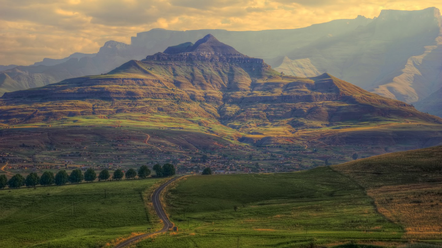 Drakensberg Mountains, South Africa © Steve Slater/Flickr