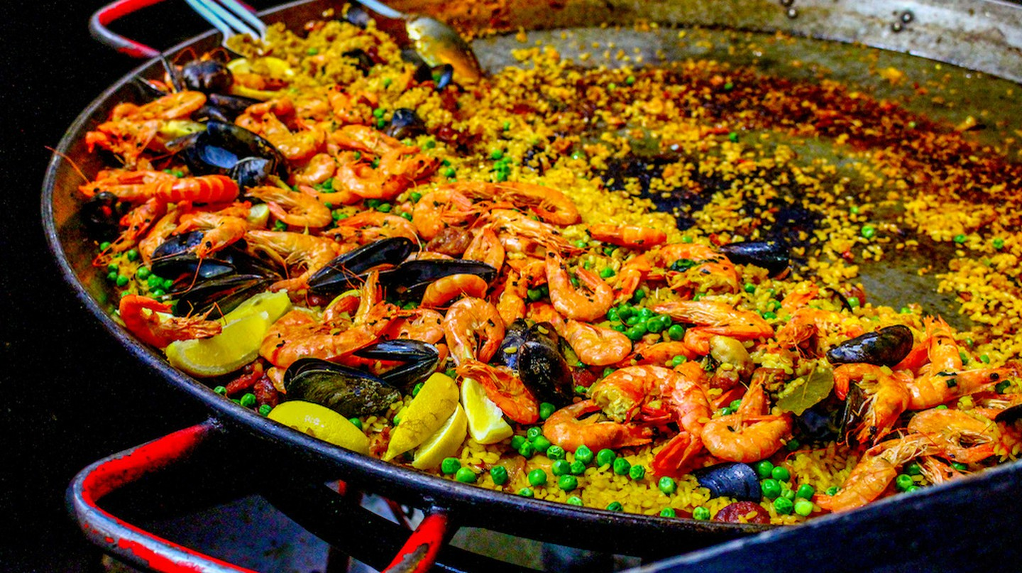 Paella, Spain's most famous dish | © lapetitecamera/Flickr