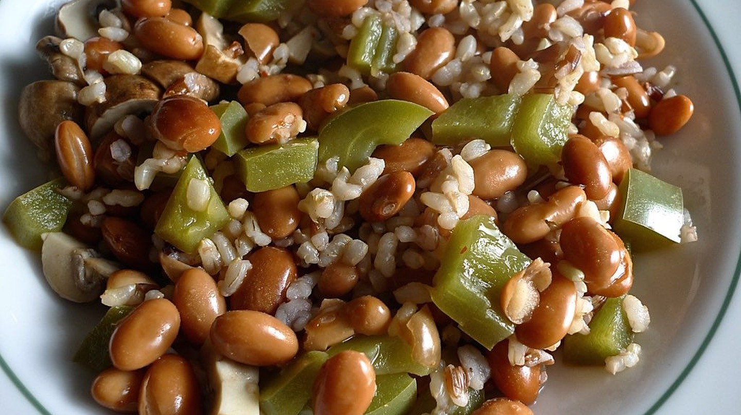Rice and beans, a classic South American staple |© The Marmot/Flickr