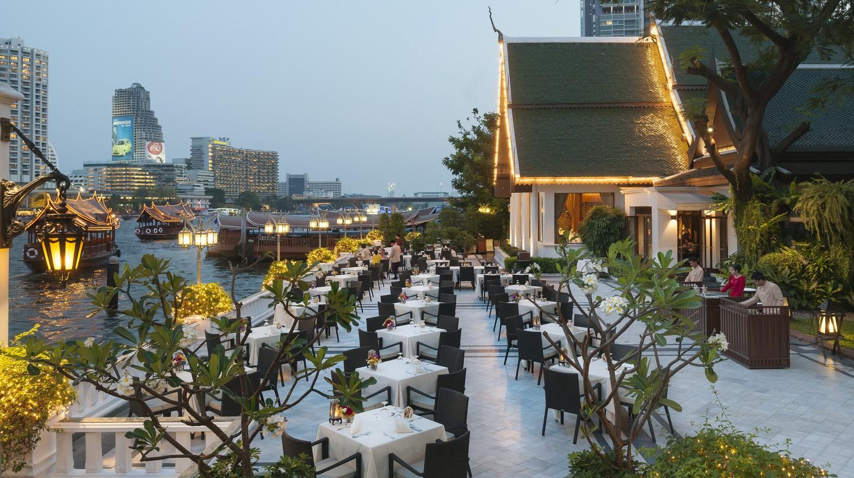 Outdoor seating area at Sala Rim Naam  | © Courtesy of Mandarin Oriental, Bangkok