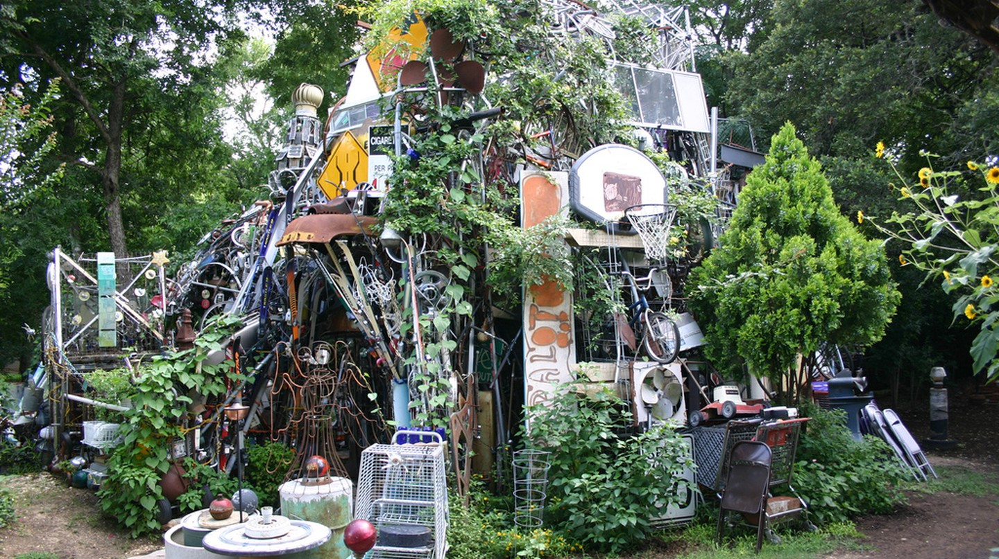 Cathedral of Junk | © Chad Hanna/Flickr