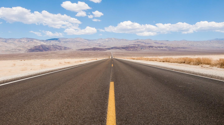 Desert Road | © William Warby/Flickr