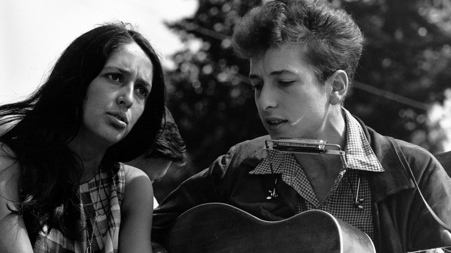 Bob Dylan and Joan Baez during Civil Rights March on Washington D.C., 1963