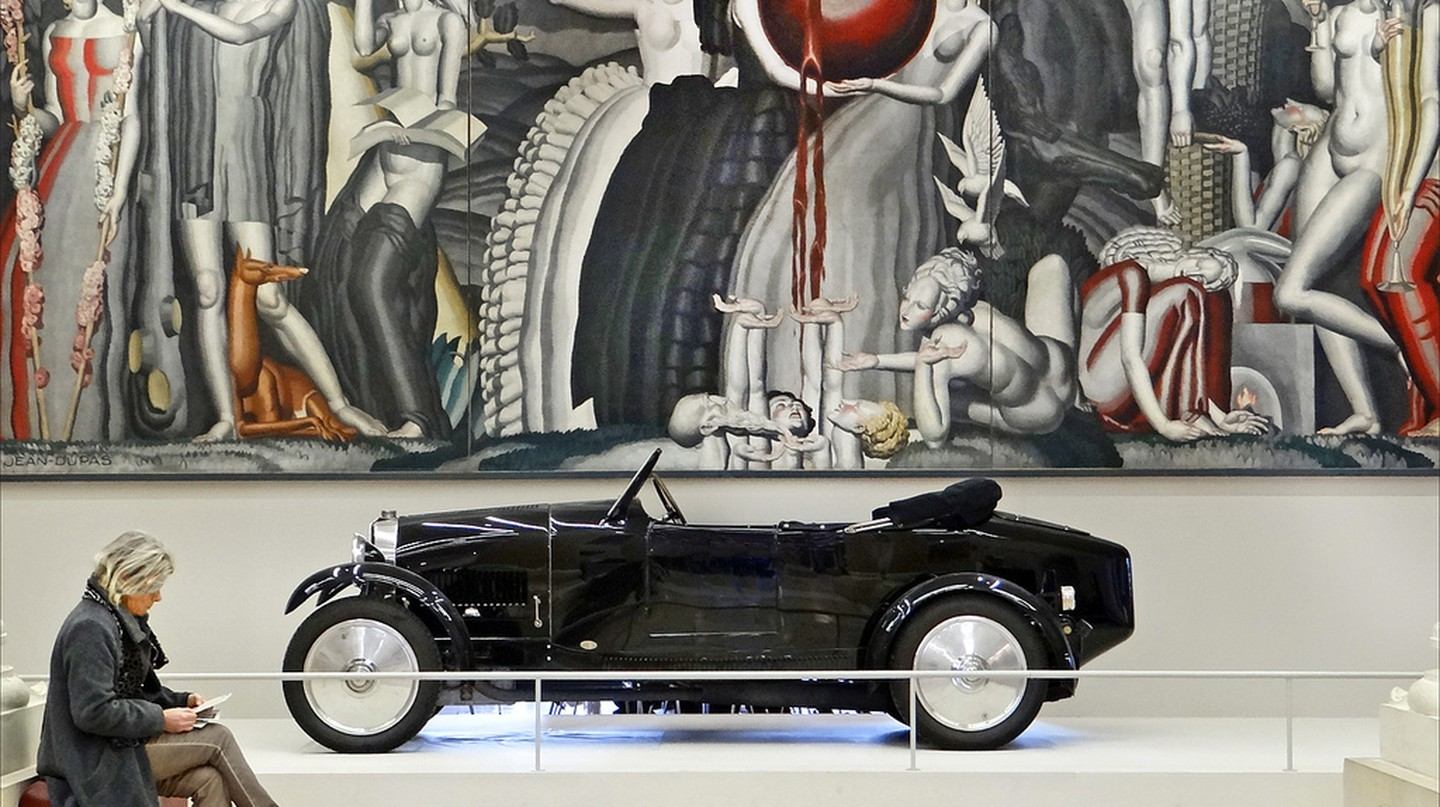 La Vigne et le Vin, 1925, Jean Dupas and Bugatti type 40, 1927 from the exhibition When Art Deco seduced the world │© Jean-Pierre Dalbéra