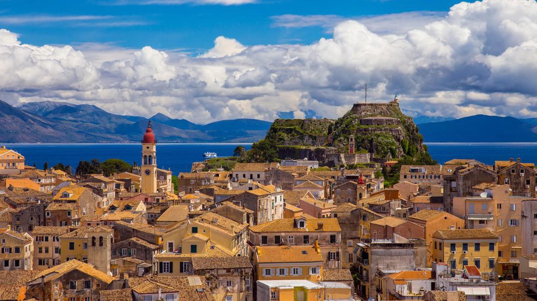 Old Town of Corfu ©EGUCHI NAOHIRO / Shutterstock