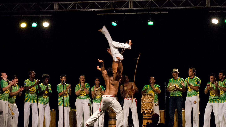 Capoeira jumps  © Ccyyrree/WikiCommons