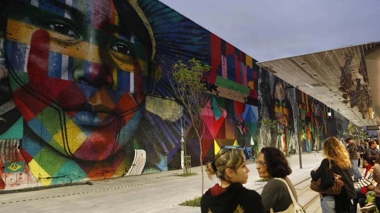 Street mural by Eduardo Kobra|© Agência Brasil Fotografias/Flickr