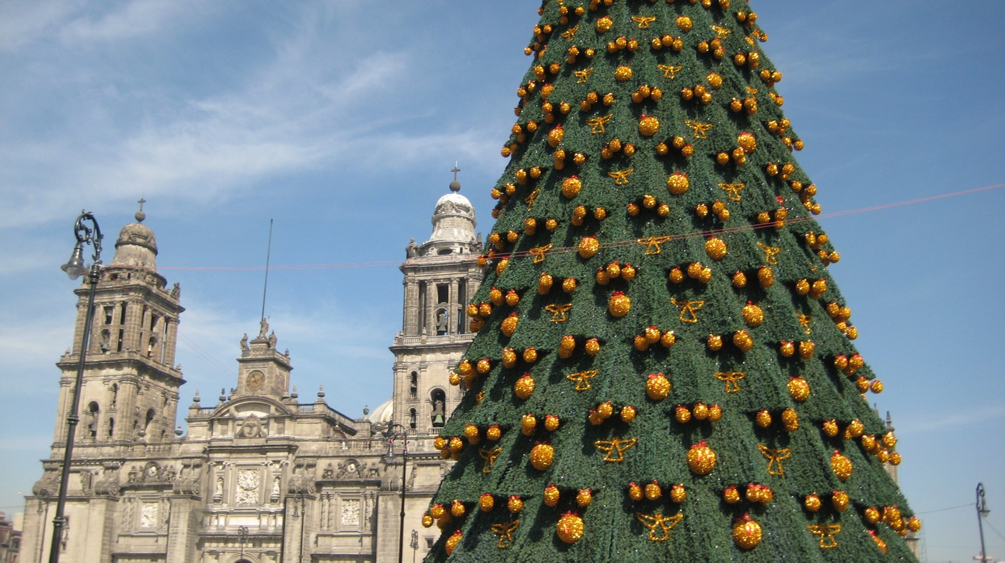 Christmas in the zocalo │ © Esparta Palma/Flickr