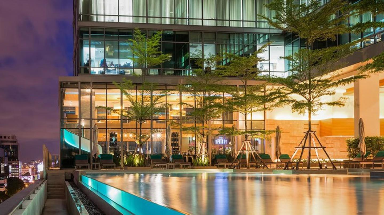 Rooftop Pool At The Sivatel Bangkok | © Courtesy of Sivatel Bangkok