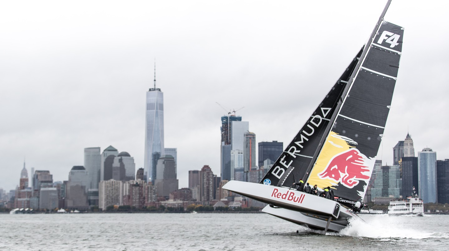 The crew set off from New York. © Red Bull Media House