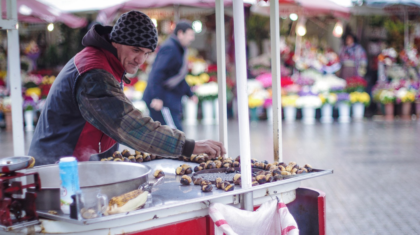 Roasted Chestnuts  | © Sunny Lapin/Flickr