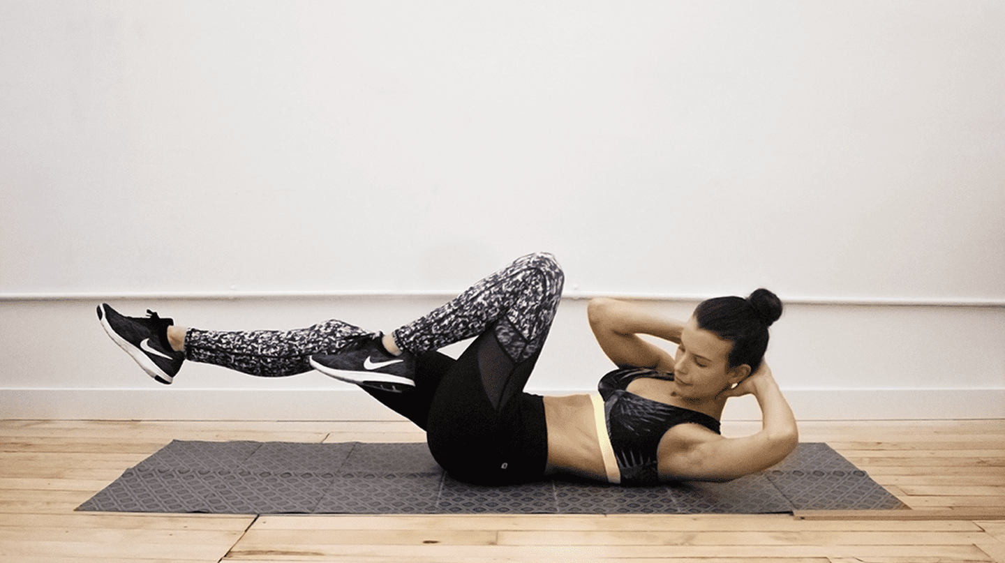 This Do-Anywhere Workout Will Keep You Fit During The Holidays