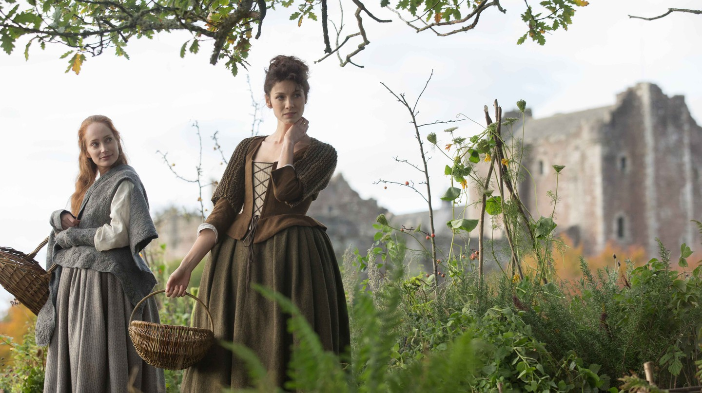 Lotte Verbeek and Caitriona Balfe in Outlander