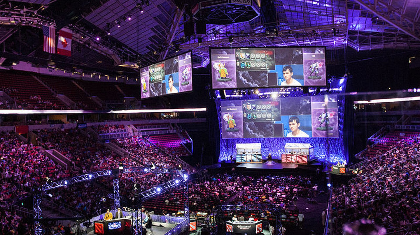 Esports tournaments now fill stadiums. | Courtesy Sam Churchill, Flickr.