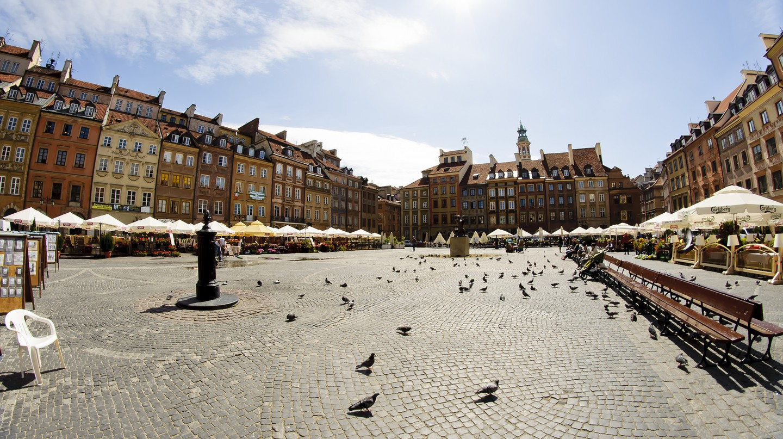 Warsaw © Alexander Cahlenstein / Flickr