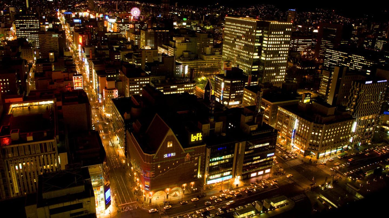 Sapporo at Night    © Chi King / Flickr