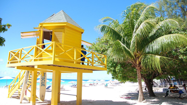 Barbados Lifeguard Station| © Joe Ross/Flickr