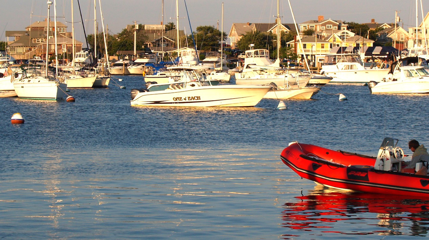 Oak Bluffs Harbor | © Ernest McGray, Jr. / Flickr