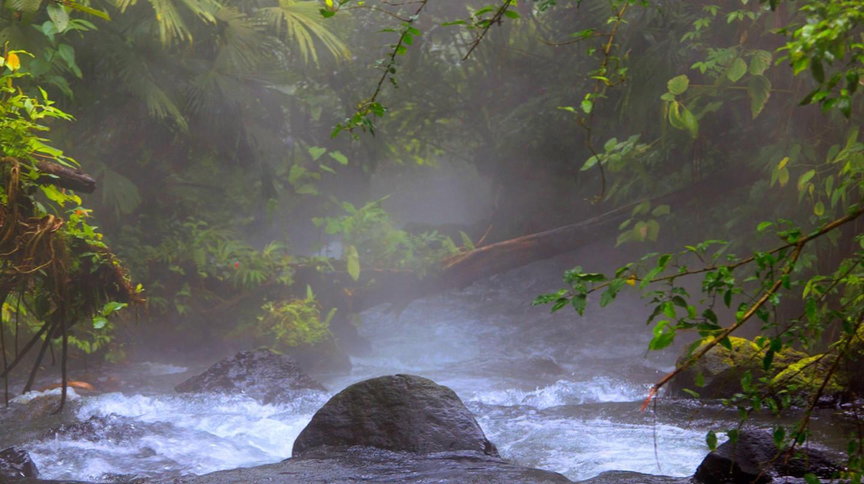 Hot springs | ©Miles Tuttle/Flickr