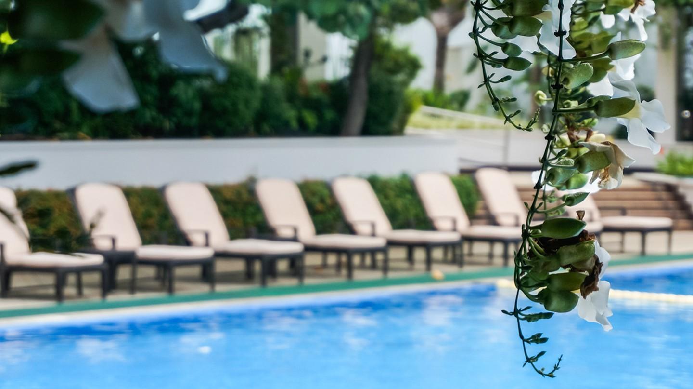 Pool at The Manila Hotel | © Esther de la Cruz / SimplyPhilippines