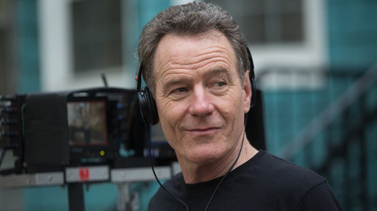 Bryan Cranston on the set of 'Sneaky Pete' | © Amazon Prime