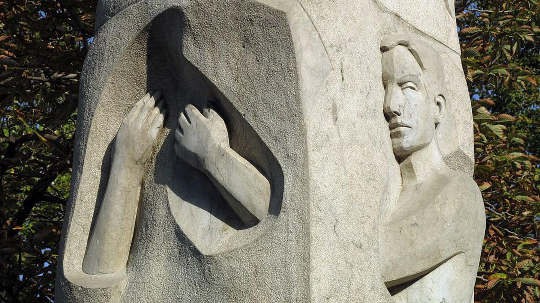 A la Vellesa, by Ramon Casellas, Girona