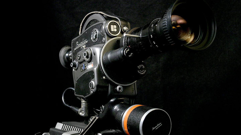 Movie Camera | © Mark Lewis / Wikimedia