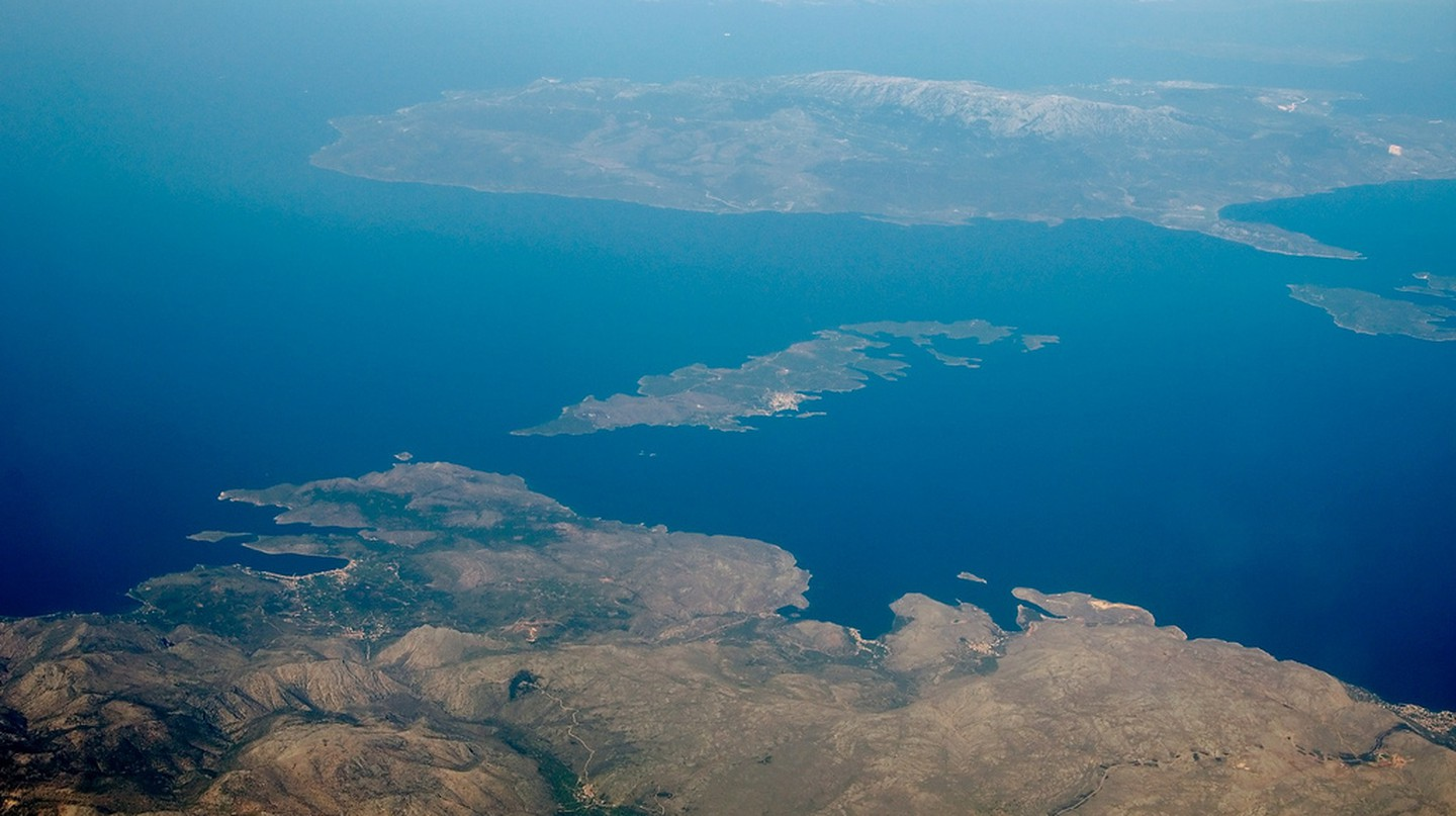 Aerial view of Chios and Innosses, Greece | © Vesselin Kolev / Flickr