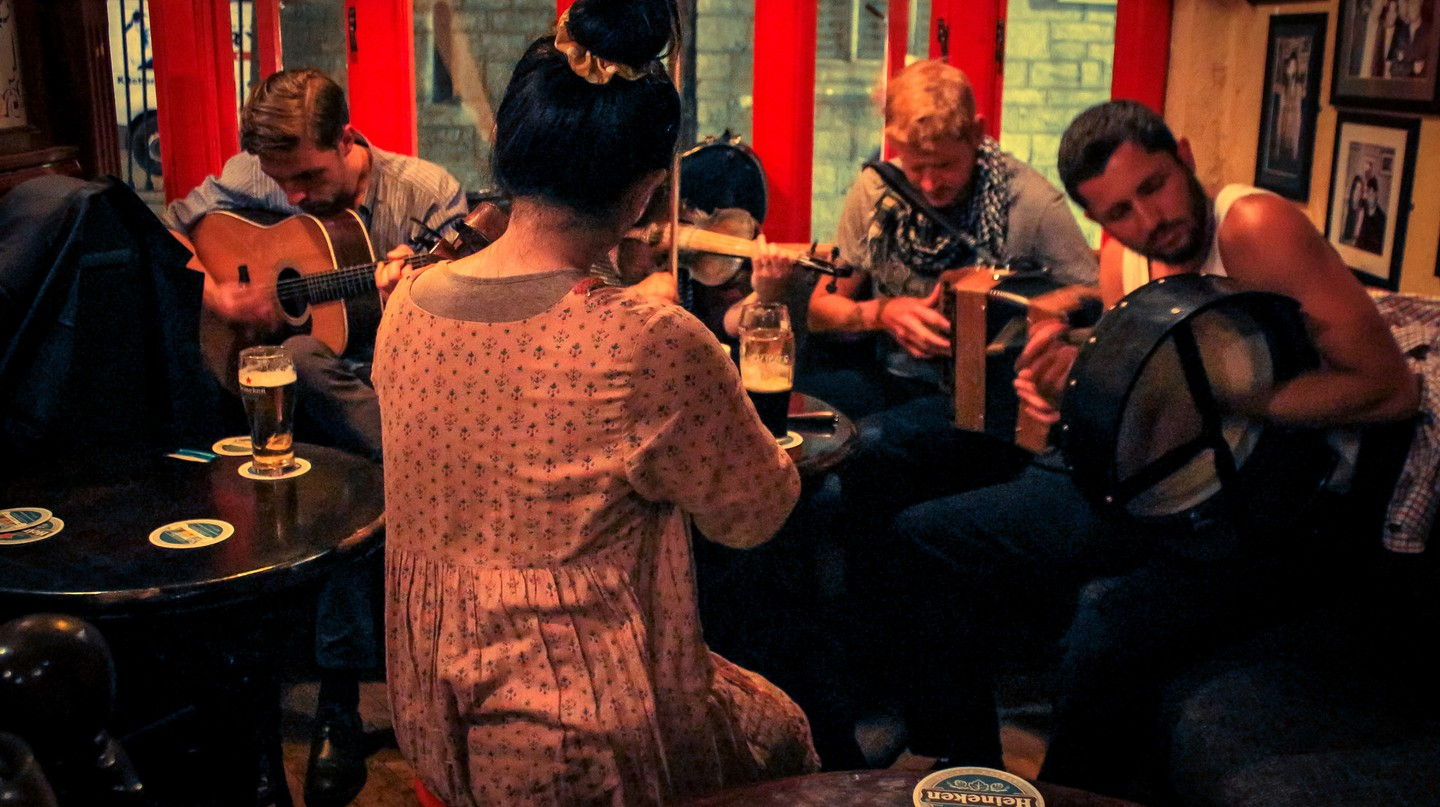 Jam session in Galway Pub, Ireland | © Damián Bakarcic / Flickr