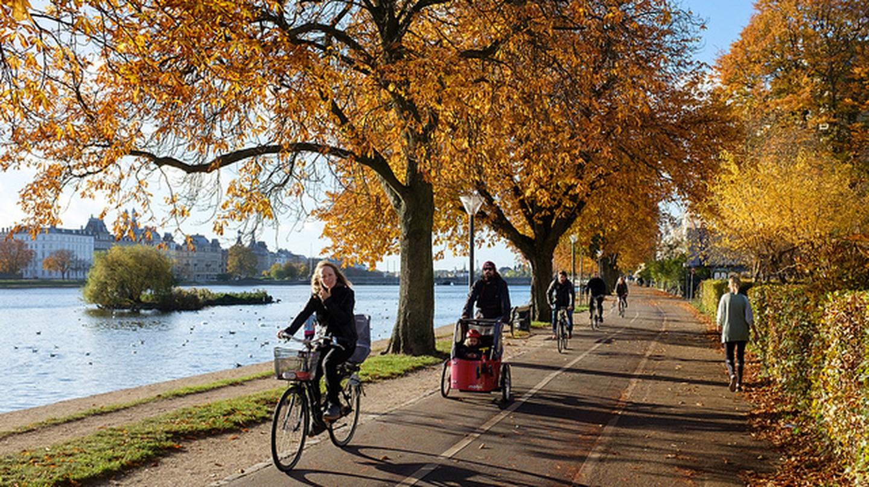 Biking along the lakes