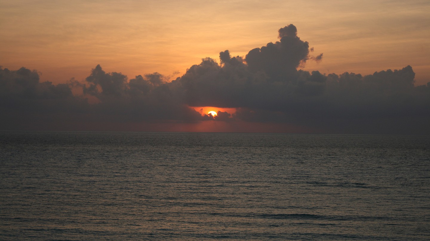 Sunrise over Caribbean Sea©Patrick/Flickr