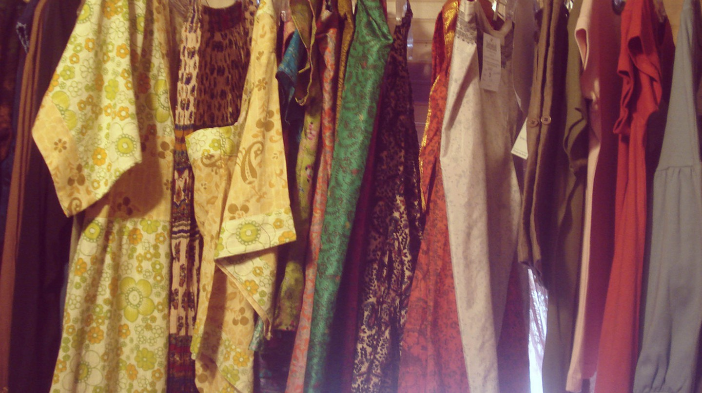 Vintage Clothes © Demi-Brooke / Flickr