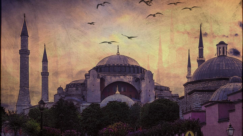 Istanbul Mosque | © Ajay Goel