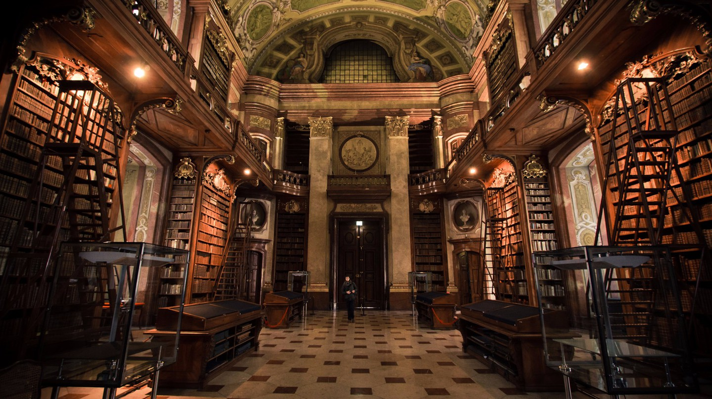 The glorious interior of the Austrian National Library |  ©  Hernán Piñera / Flickr
