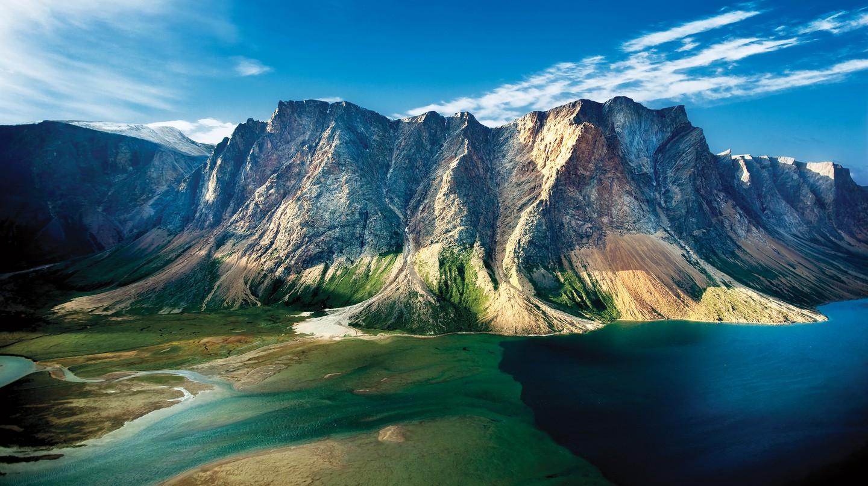 Torngat Mountains' rugged peaks | © ビッグアップジャパン / Flickr