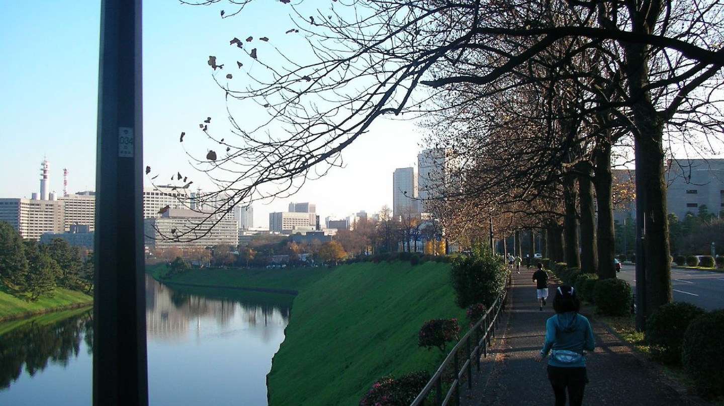 Jogging route around the Imperial Palace grounds | © Hajime NAKANO / Flickr