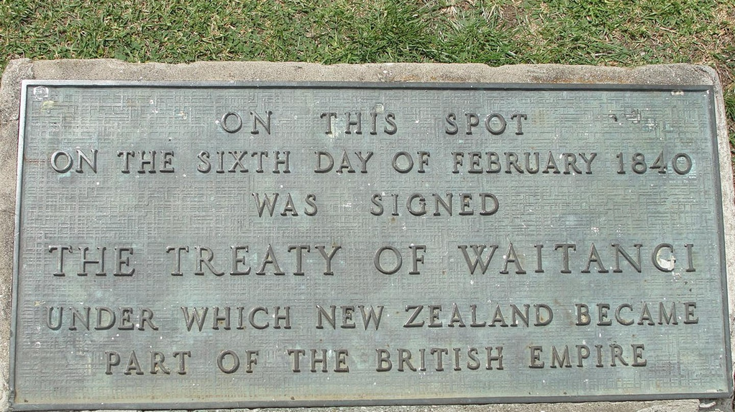 Waitangi Memorial | © Chris Gilson / Flickr